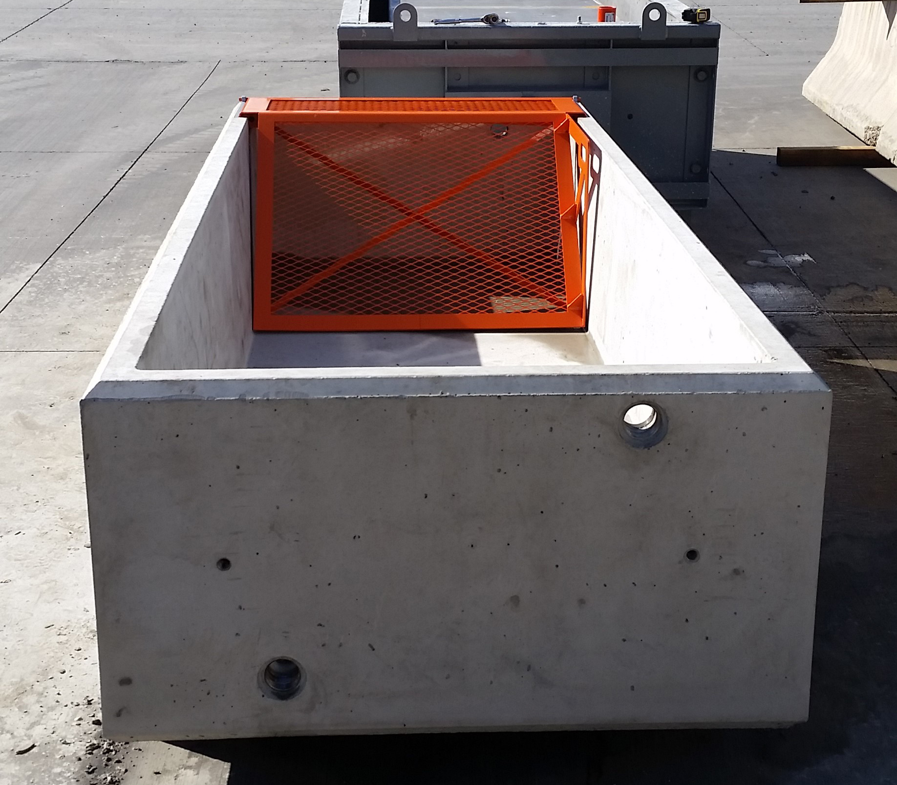 Water Trough with Ramp