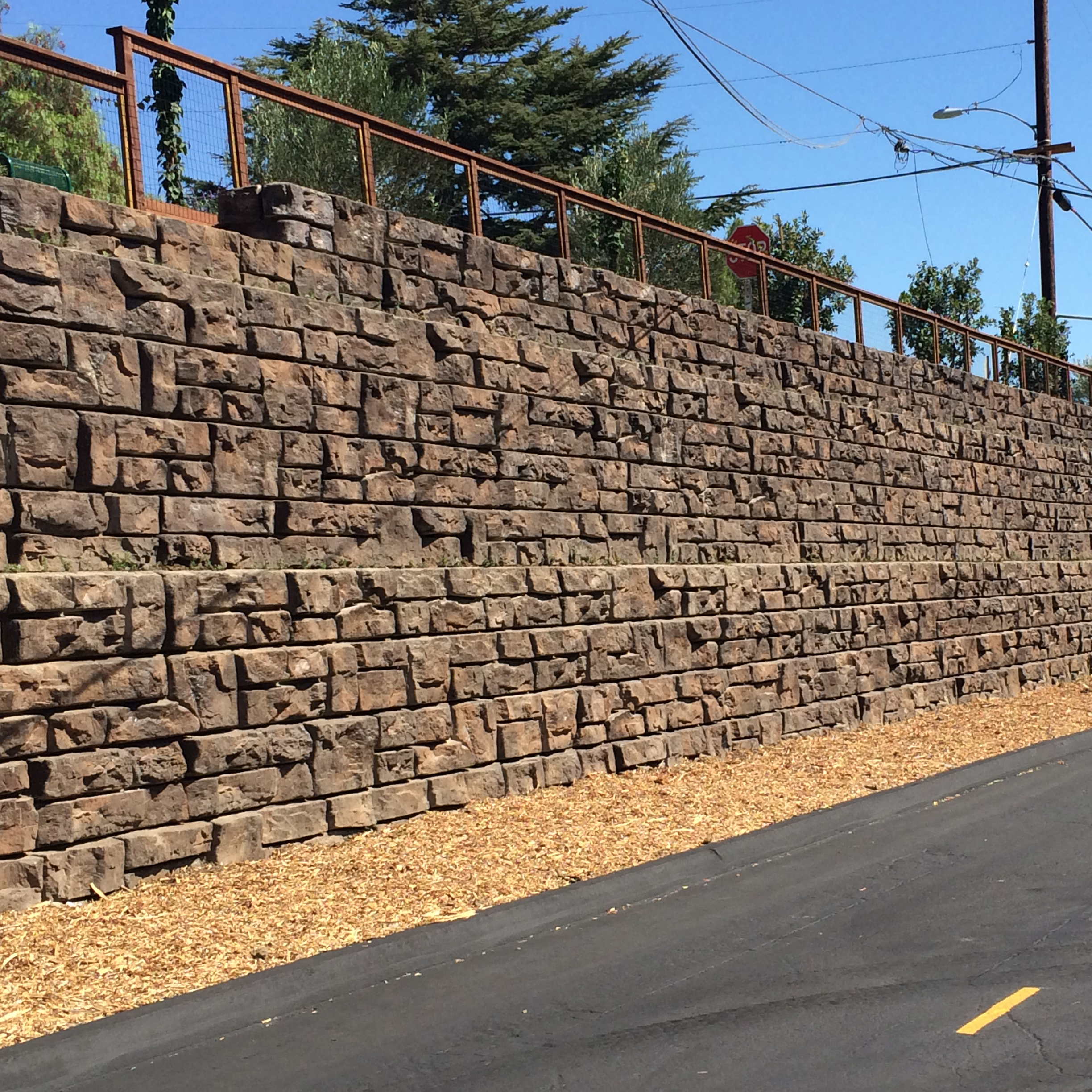 Redi-Rock Retaining Walls(1)
